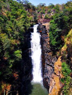 Places To See: Kinkon Falls | Guinea Conakry
