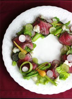 X'mas*ローストビーフのリースサラダ by オジカソース [クックパッド] 簡単おいしいみんなのレシピが255万品