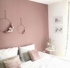 26 dusty pink bedroom walls you will love it 10 – Home Dekor Dusty Pink Bedroom, Pink Bedroom Walls, Pink Bedroom Decor, Bedroom Wall Colors, Bedroom Color Schemes, Pink Room, Room Ideas Bedroom, Pink Walls, Ikea Bedroom