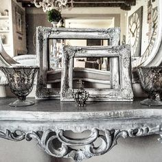 """Cornice con patine. #like #love #passion #maison #myhome #mystyle #chicstyle #chalkpaint #casa #homesweethome #atmosfera #arredamento #best #bestpic…"""