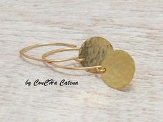 gehämmerte Scheiben, vergoldete Ohrhänger  von ConCHa Catena auf DaWanda.com