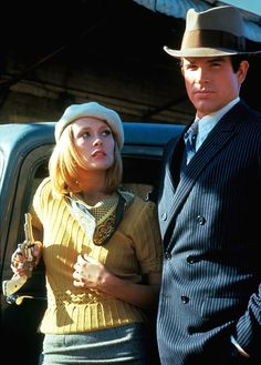 Warren Beatty & Faye Dunaway in 'Bonnie & Clyde', 1970.