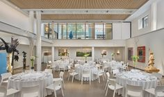 21c Nashville's main gallery is spacious and bright leaving plenty of flexibility for hosting an event