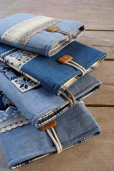 Para reciclar jeans más denim bags from jeans, diy old jeans, reuse jeans. Diy Jeans, Diy With Jeans, Sewing Jeans, Denim Bags From Jeans, Old Jeans Recycle, Reuse Recycle, Diy Denim Wallet, Diy Denim Purse, Reduce Reuse
