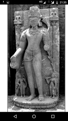 Indian Gods, Indian Art, Asian Sculptures, Indian Temple, Buddhist Art, Art And Architecture, Buddhism, Painting, Indian Artwork