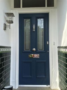 inspirational image from Farrow and Ball - Stiffkey Blue . - An inspirational image from Farrow and Ball - Stiffkey Blue . Front Door Porch, Grey Front Doors, House Front Door, Front Door Colors, Front Door Decor, Front Entry, Farrow And Ball Front Door Colours, Front Door Lighting, Porch Doors