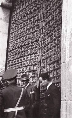 Cumhurbaşkanı Gazi Mustafa Kemâl Paşa, doğu seyahati kapsamında, Diyarbakır'da, 15 Kasım 1937.