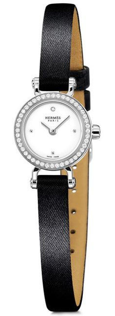 Hermès Faubourg watch - small & delicate, a nice change from the big boyfriend style Hermes Bags, Hermes Handbags, Hermes Watch, Boyfriend Style, Handbags Online, Luxury Watches, Jewelry Watches, Fashion Accessories, Product Launch