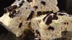 Oreo Cookie Rice Krispies (black and white rice krispies) House Of Night, White Rice, Oreo Cookies, Rice Krispies, Cheesecakes, Squares, Playlist, Goodies, Cooking Recipes