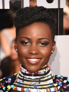 Lupita Nyong'o   The Best Makeup On The MTV Movie Awards Red Carpet