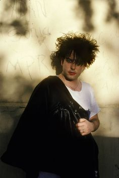 Robert Smith The Cure Stock Pictures, Royalty-free Photos & Images Robert Smith Young, Robert Smith The Cure, Thompson Twins, Paul Young, Cyndi Lauper, New Romantics, Culture Club, Boy George, Spice Girls