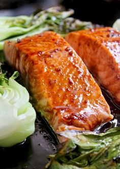maple glazed salmon with bok choy Bok Choy Recipes, Shellfish Recipes, Seafood Recipes, Pea Recipes, Salmon Recipes, Cooking Recipes, Italian Chicken Soup, Chicken Soup Recipes, Salmon Dishes