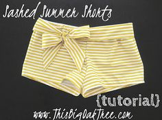 This Big Oak Tree: One Yard Summer Shorts {tutorial} these look cute for little girls in the summer! Sewing Shorts, Diy Shorts, Sewing Clothes, Comfy Shorts, Sewing Hacks, Sewing Tutorials, Sewing Crafts, Bag Tutorials, Sewing Patterns Free