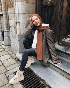 Muslim Fashion 822118106959738066 - Source by fuuckinglana Modest Fashion Hijab, Modern Hijab Fashion, Street Hijab Fashion, Casual Hijab Outfit, Hijab Fashion Inspiration, Muslim Fashion, Casual Outfits, Fashion Outfits, Mode Abaya