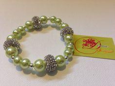photo (59) pulsera de perlas verde claro y divisores de rhinestone plateado.