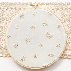 Instagram Tableware, Instagram, Home Decor, Weaving, Embroidery, Tricot, Dinnerware, Decoration Home, Room Decor