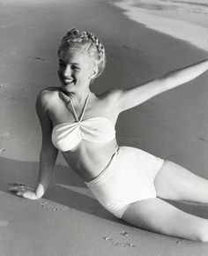 Marilyn Monroe Photograph by Andre de Dienes.