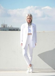 Best Outfit Ideas For Fall And Winter  25 Head-to-Toe White Outfits to Try Now