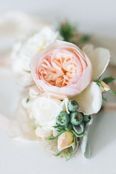 Corsage Inspiration For Mothers & Grandmother (No Berries -Succulent Instead…?)