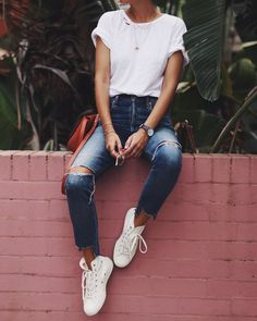 IDEAS DE OUTFIT! -Básico camiseta blanca