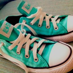 Converse shoes ~ like this colour