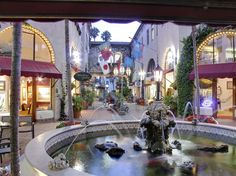 State Street in Santa Barbara offers great dining and shopping. #ridecolorfully
