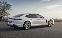 Nouvelle Porsche Panamera 4 E-Hybrid.