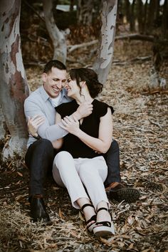 Discover recipes, home ideas, style inspiration and other ideas to try. Forest Engagement Photos, Fall Engagement, Engagement Couple, Engagement Pictures, Engagement Shoots, Beach Wood, Fall Pictures, Photo Sessions, Photography Poses