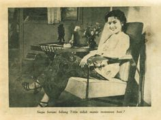 Raden Ajeng Titien Sumarni was an Indonesian film actress active in the 1950s. #actress #indonesia #indonesia #film #layarlebar #moviestar #vintage #bw #oldies #classic #beauty