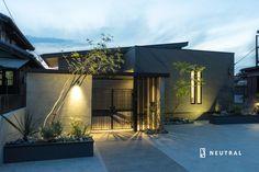 エクステリアのディテール Cafe House, House 2, Boundary Walls, Villa Design, Japanese House, Lighting Design, Townhouse, Facade, Exterior