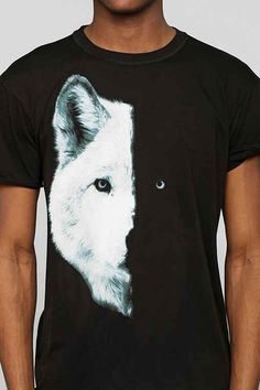 Midnight Wolf Tee - Urban Outfitters
