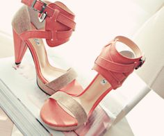 Crazy for High Heels | via Tumblr