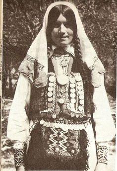Bosnian folk costume Folk Costume, Costumes, Bosnia Y Herzegovina, Sarajevo Bosnia, Ethnic Outfits, Costume Patterns, Serbian, Eastern Europe, World Cultures