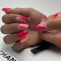 Here are the 10 most popular nail polish colors at OPI - My Nails Gorgeous Nails, Love Nails, Fun Nails, Nail Polish, Nail Manicure, Spring Nails, Summer Nails, Striped Nails, Almond Nails