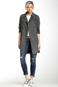 Easy Trench, dark gray trench coat, destroyed denim, converse, white tee
