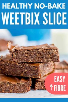 Recipes Snacks Baking No-bake chocolate Weetbix slice, easy kid-friendly recipe made with Weetabix, or wheat biscuit breakfast cereal Baking Recipes, Snack Recipes, Dessert Recipes, Healthy Recipes, Lunch Box Recipes, Baking Ideas, Healthy Desserts, Dinner Recipes, Weetabix Recipes