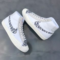 Dr Shoes, Swag Shoes, Me Too Shoes, Dior Sneakers, Sneakers Fashion, Custom Sneakers, Custom Shoes, Christian Dior Shoes, Trendy Shoes