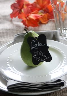 How to make chalkboard place cards - a simple craft with beautiful results, perfect for any table setting.