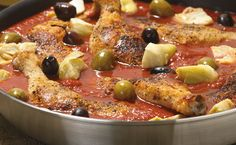 Chicken Cacciatore Tip: Enjoy over pasta with a green salad. Italian Menu, Italian Recipes, Epicure Recipes, Cooking Recipes, Fast Easy Dinner, Gluten Free Menu, Clean Eating Chicken, Chicken Cacciatore, Dinner Menu