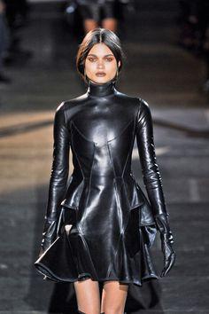 Givenchy at Paris Fashion Week Fall 2012 - Runway Photos Fetish Fashion, Latex Fashion, Dark Fashion, Gothic Fashion, Hijab Fashion, Fashion Fashion, Korean Fashion, Runway Fashion, Fashion Dresses