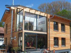 Holzhaus, Einfamilienhaus - 13473 Bungalows, Solar, Glass Houses, Outdoor Decor, Future, Home Decor, Log Home, Detached House, Architecture