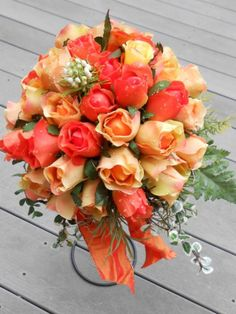 Wedding Bouquet Ideas for EVERY Fall Bride