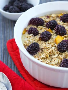 Pip & Ebby - Bakedoatmeal (1 3/4 cups fruit mixed in, 3/4 cup fruit on top, 2 tbsp brown sugar on top).