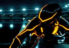 Movies and Chill Cyberpunk Aesthetic, Neon Aesthetic, Cyberpunk Art, Arte Tron, Tron Art, Dj Remix Songs, Tron Legacy, Futuristic Motorcycle, Anime Weapons