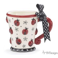 Hand painted ceramic lady bug mug. Includes gift box.  Exclusively brought to you by BVDesigns 1 set of 4.
