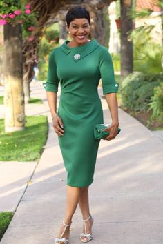 Retro-Style – Scuba Knit Dress – Anita by Design Need a sophisticated look for your next special event? Sew this gorgeous Retro-Style dress with New. Moda Fashion, Retro Fashion, Vintage Fashion, Womens Fashion, Fashion Trends, Style Fashion, Vintage Style, Retro Vintage, Church Attire