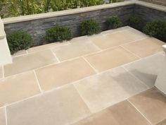 Abbey Sawn Sandstone paving has gorgeous beige and buff tones, with a grey tinge that makes it perfect for traditional settings. Patio Slabs, Flagstone Patio, Brick Patios, Concrete Patio, Patio Stone, Wood Patio, Pergola Patio, Outdoor Paving, Garden Paving