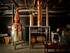 4 pillars gin copper still.jpg