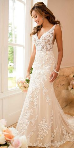 Stella York v neck lace wedding dress for 2018