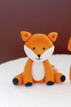 Fondant Fox Cake Topper / Cupcake Topper - woodland forest animal topper